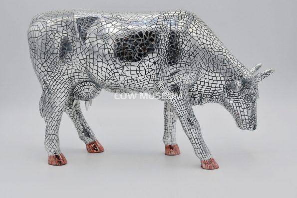 Mira Moo Silver (large)