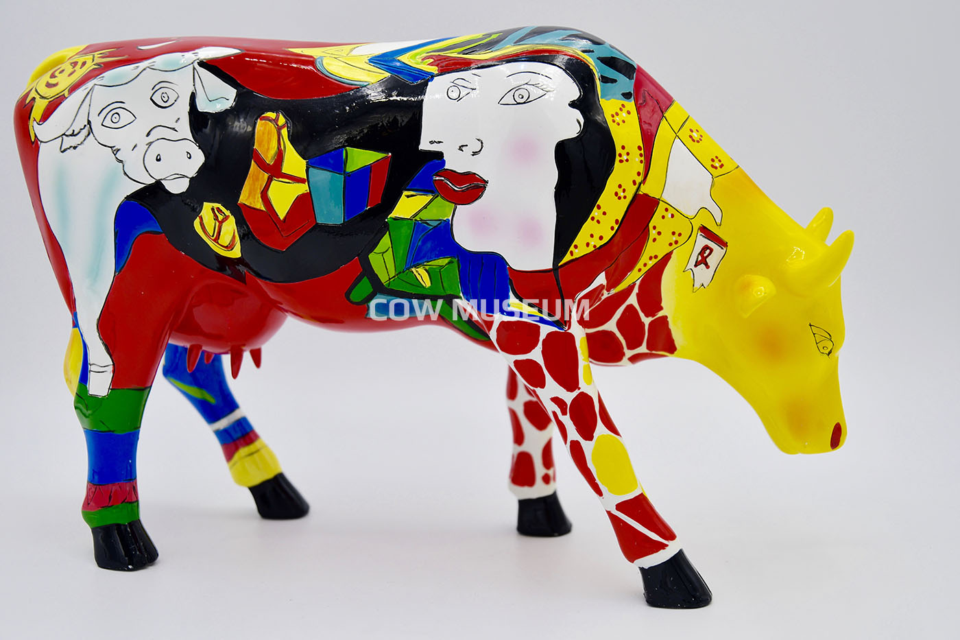 Cow Parade Figurine Large Resin Homage to Picowso/'s African Period Statue Gift