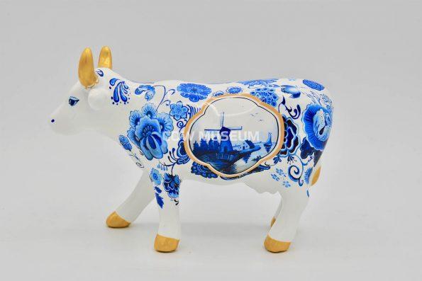 Cow Bone China (medium ceramic)
