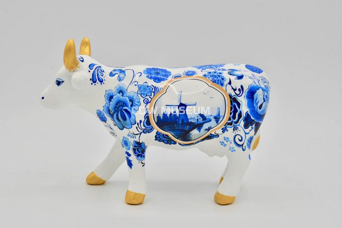 Cow Bone China (medium ceramic)