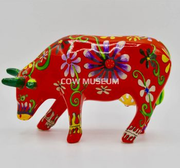 Flower Lover Cow (medium ceramic)