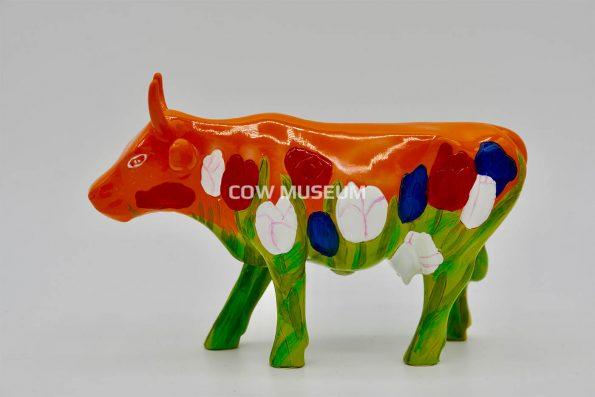 Holland Cow Orange (Medium)