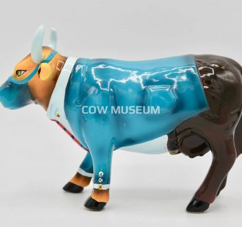 Dr. Moo D. Brown (medium ceramic)