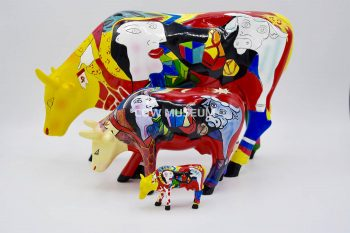 Hommage to Picowso's African Period Cow XXL