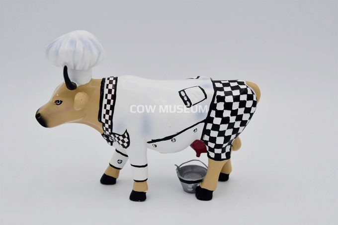 Chef Cow (medium)