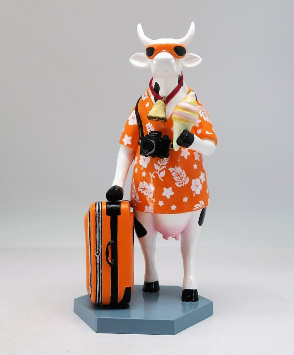Vacation (Medium resin) Cow figurine